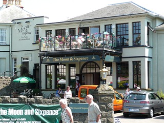 Clevedon. Pub & hotel