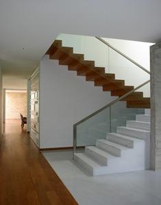 diseño-escaleras-pisos-de-madera