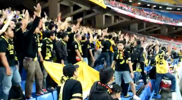 video-penghinaan-suporter-sepakbola-malaysia