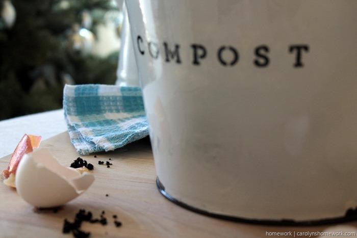 DIY Faux Enamel Ware Compost Bin - homework ~ carolynshomework (9)