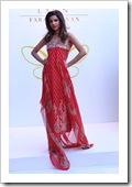 Crescent-Summer-Lawn-By-Faraz-Manaan-In-Karachi-Fashion-Show-2012-16