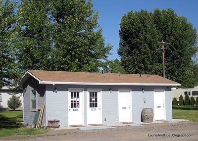 Office, Laundry, Restrooms at RV C&C