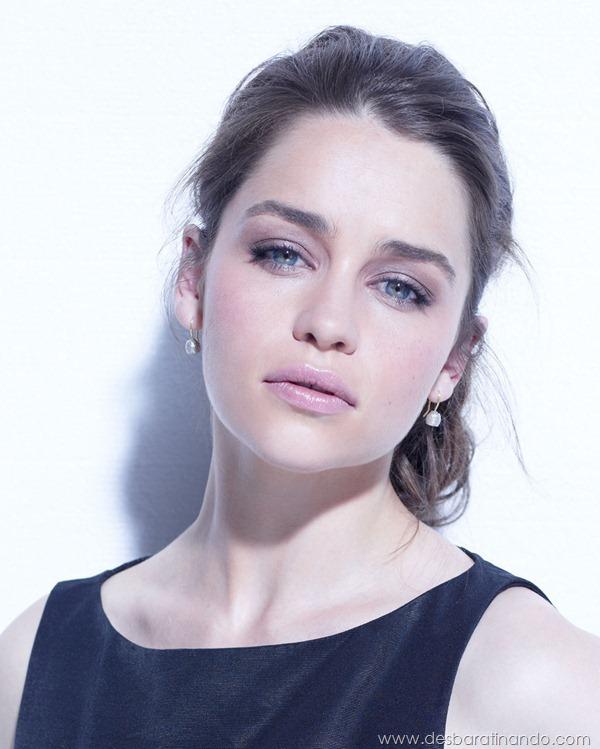 emilia-clarke- Daenerys-Targaryen-linda-sexy-game-of-trhones-guerra-dos-tronos-sexta-proibida-desbaratinando (5)