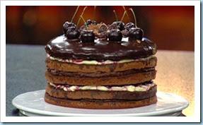 ep19-black-forest-cake-e4