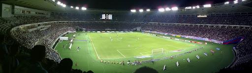 [写真]スタジアムのパノラマ写真(アウェイ側2F席から)