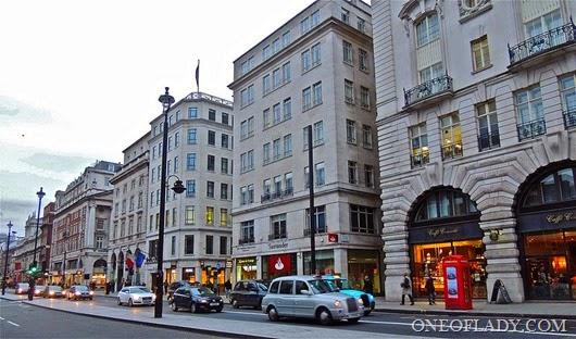 Улица_Пикадилли,_Лондон