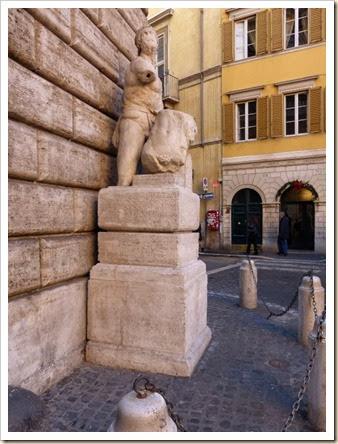 09 Estatua de Paschino