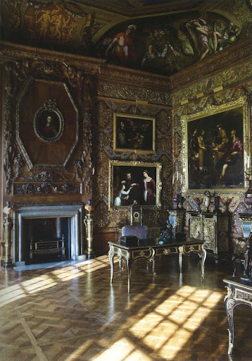 This state music room boasts ceiling paintings by Cerrio and lavish wall decorations.