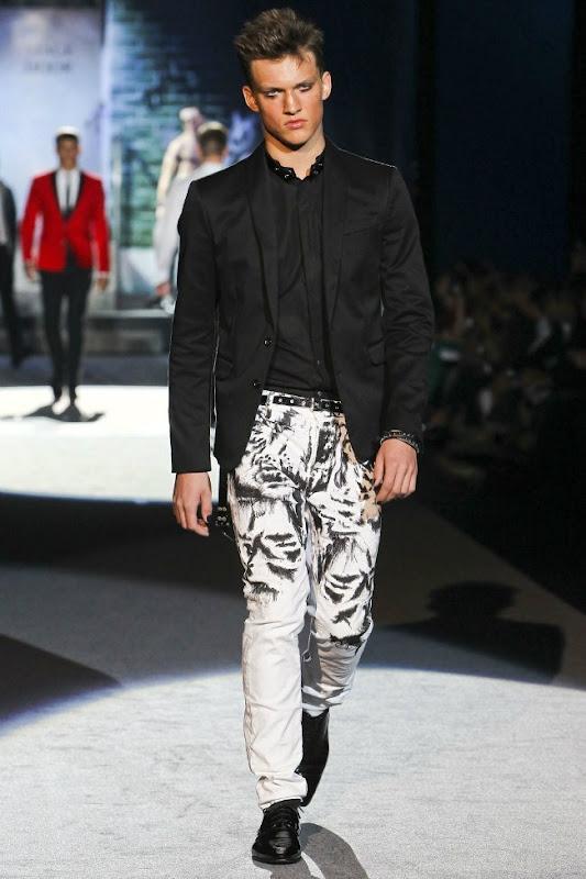 Milan Fashion Week Primavera 2012 - Dsquared² (7)