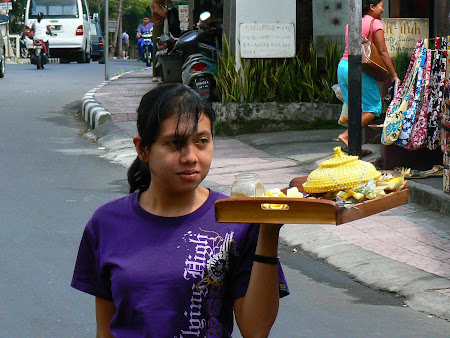 Bali photos: Balinese girl with offering