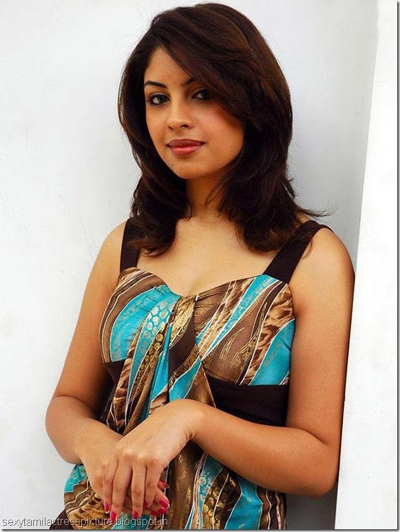 richa-gangopadhyay-cute-stills