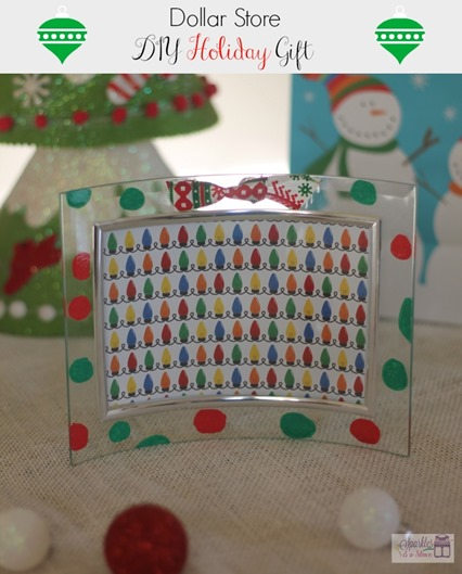 DIY Dollar Store Holiday Frame by Sparkles and a Stove