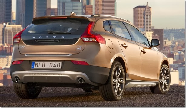 autowp.ru_volvo_v40_cross_country_11[3]