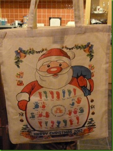 Canvas Christmas Shopper