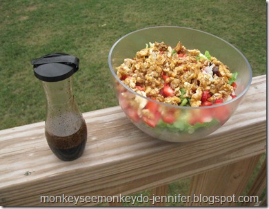 Balsalmic vinegar dressing for strawberry salad with candied walnuts, tomatoes & onions (2)