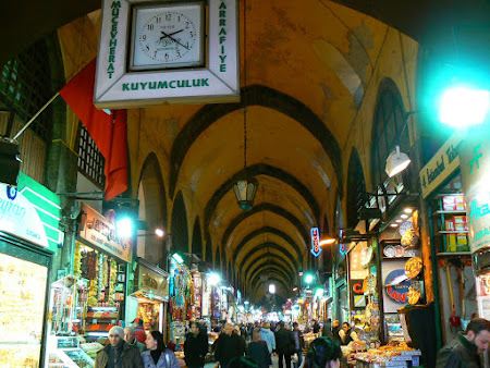 Istanbul: Around the Bazaar