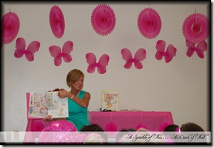 Fancy Nancy Party Story Time {A Sprinkle of This . . . . A Dash of That}