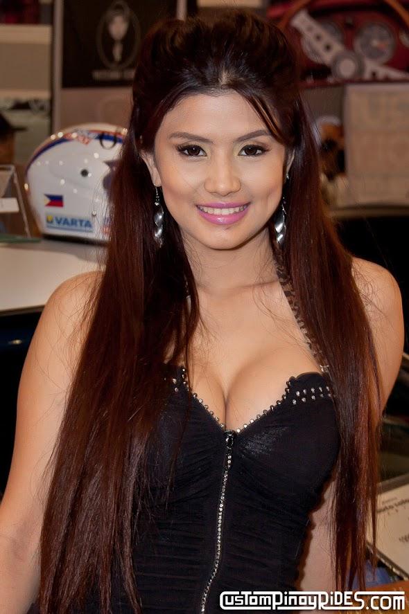 Photography by I AM THE aSTIG 2011 Manila Auto Salon Models pic1