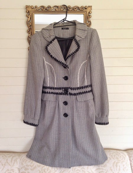 Winter coat for the 40s fashion challenge   Lavender & Twill