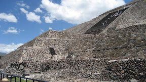 It is a fairly easy climb up to the Sun pyramid