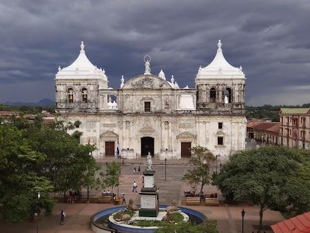 15. Cea mai mare catedrala din America Centrala.JPG