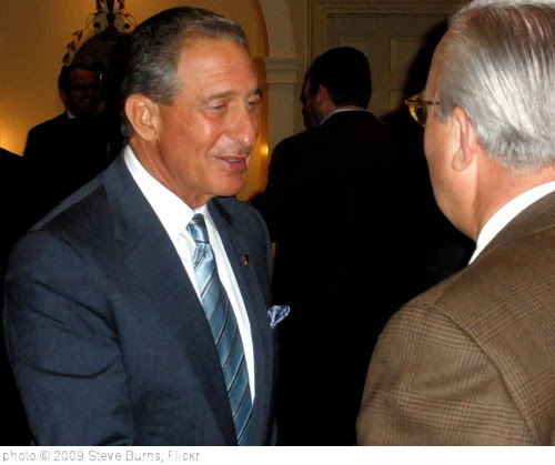 'Falcons owner Arthur Blank' photo (c) 2009, Steve Burns - license: http://creativecommons.org/licenses/by/2.0/