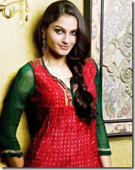 actress_andrea_jeremiah_gorgeous_photo