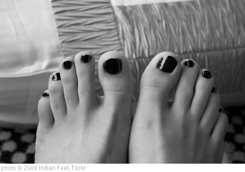 'Painted Nails' photo (c) 2009, Indian Feet - license: http://creativecommons.org/licenses/by/2.0/