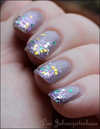 Glittery Tips 5