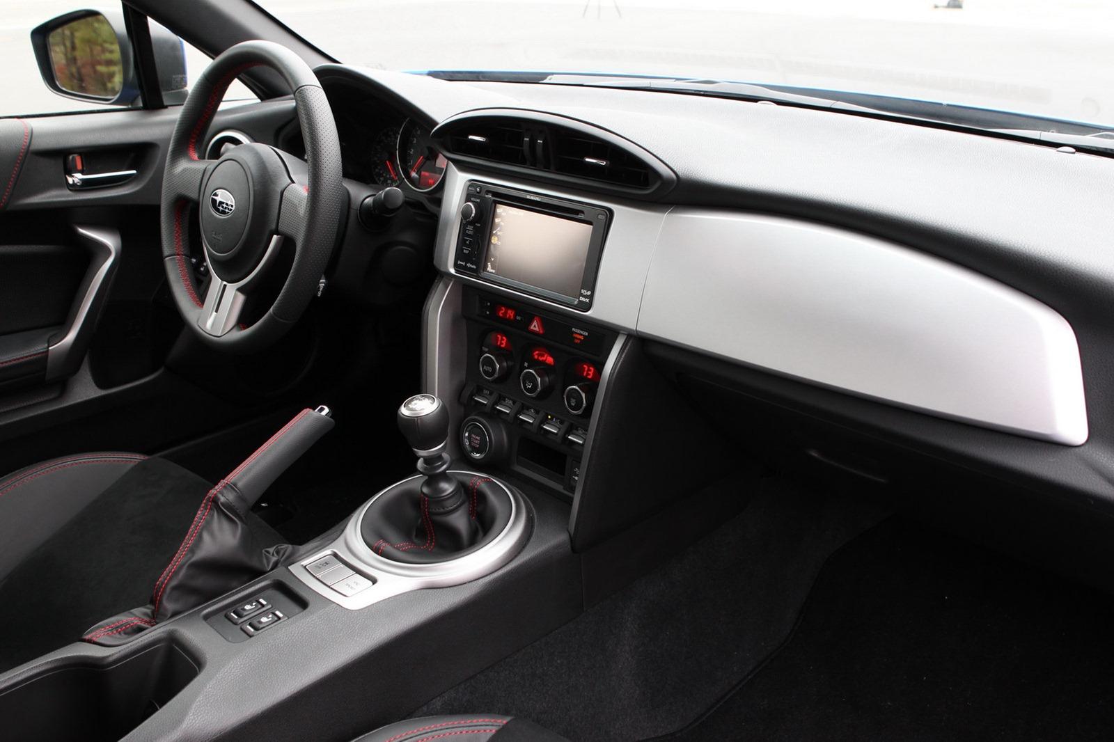 2013-Subaru-BRZ-Coupe-Interior-1.jpg?imgmax=1800