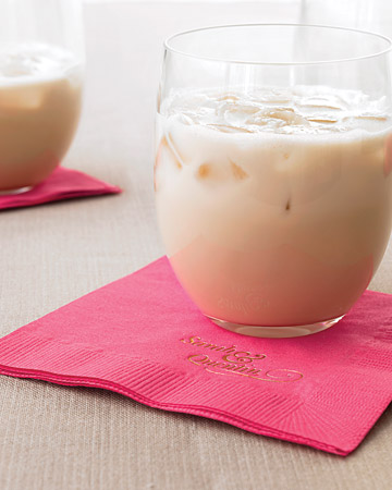 Try this decadently creamy white Russian, which is sure to please anyone with a sweet tooth.