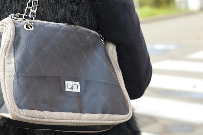 Pomikaki Linda Black, Linda Black bag, Pomikaki, Stradivarius, Dr. Martens, Pomikaki bag, Valentino, C&A, C&A jeans, fashion blogger, italian fashion bloggers, fashion blogger firenze, Stradivarius faux fur vest