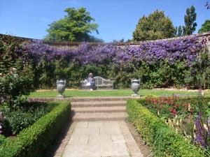 Sissinghurst Garden 002