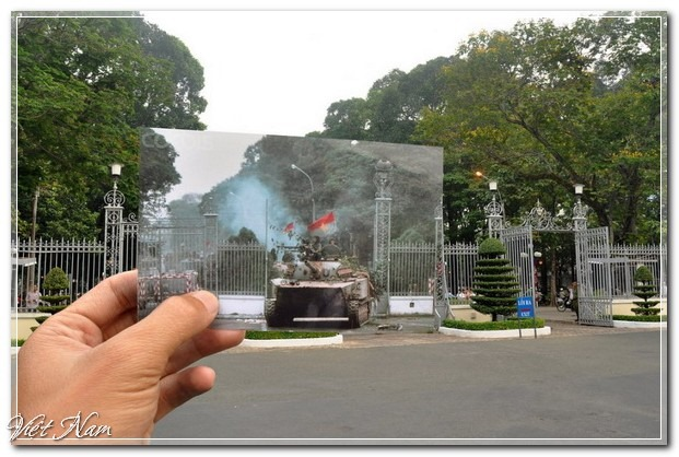 a-north-vietnamese-tank-crashes-through-the-gates-of-the-pre