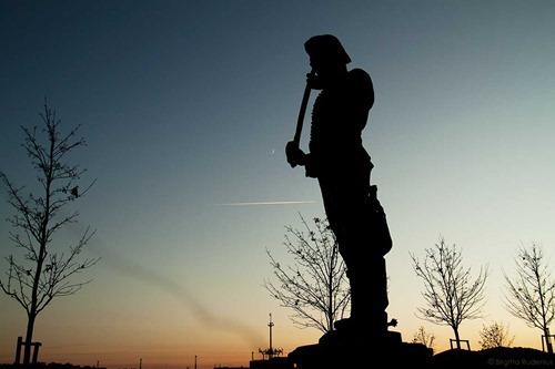 statue_20111128_castlearea