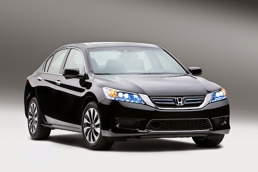 2014-Honda-Accord-Hybrid-02.jpg