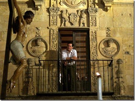 Cristo de la Agonía Redentora frente a la Casa de las Muertes (Salamanca)