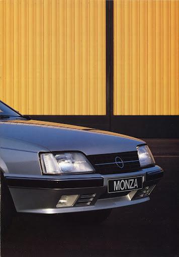 Opel_Monza_1984 (5).jpg