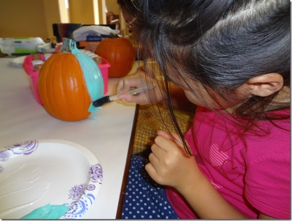 Painting Pumpkins 09