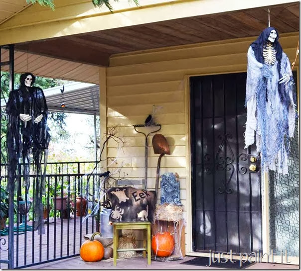 Halloween-Porch-A
