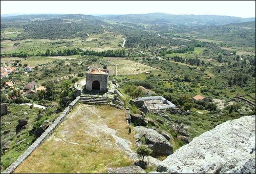 Marialva - Glória Ishizaka -  Capela de Santa Barbara ou da Curvaceira 1