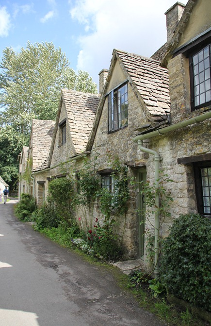 Arlington Rowe in Bibury (10)