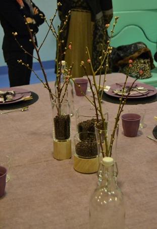 Centrotavola-fiori-pesco-chicchi-caffè