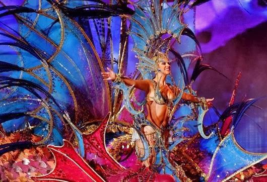 Nominee for Queen of the 2013 Santa Cruz carnival Nuria Garcia.