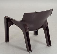 Vicario armchair, brown