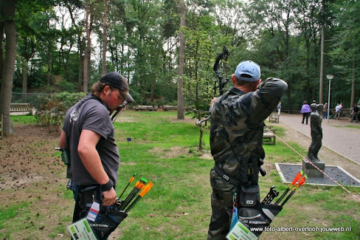 handboogtoernooi libertypark overloon 02-06-2011 (16).JPG