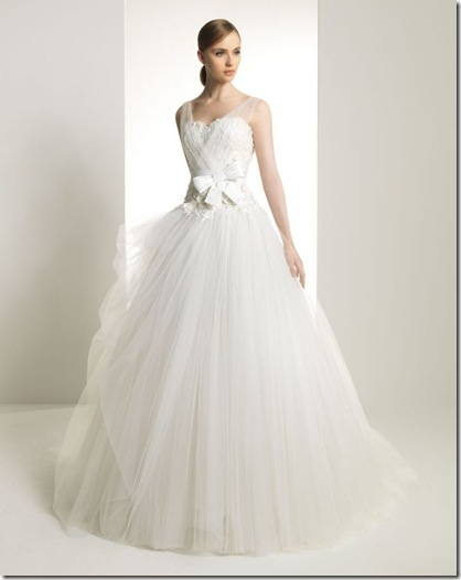 2013-wedding-dress-zuhair-murad-for-rosa-clara-bridal-gowns-103__full