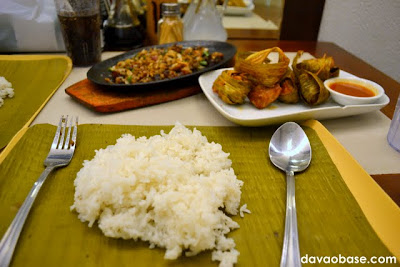 Eat on a banana leaf at Hukad sa Golden Cowrie in Abreeza Mall
