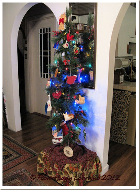12-10-christmas-tree