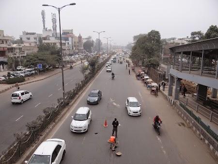 18. Bulevard din Delhi.JPG